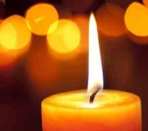 Eine Kerze zum Gedenken von A.Bowowski